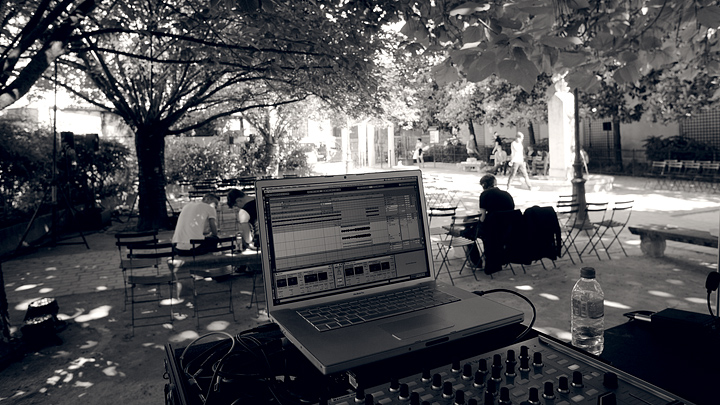 Sound Design Arny's Defile 2012 Spring/Summer